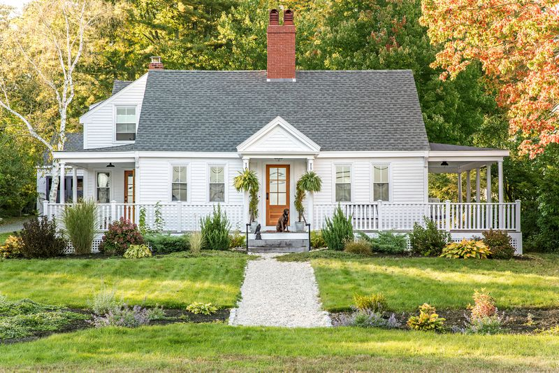 a Cape Cod-style remodel in Cumberland Foreside, ME, front exterior
