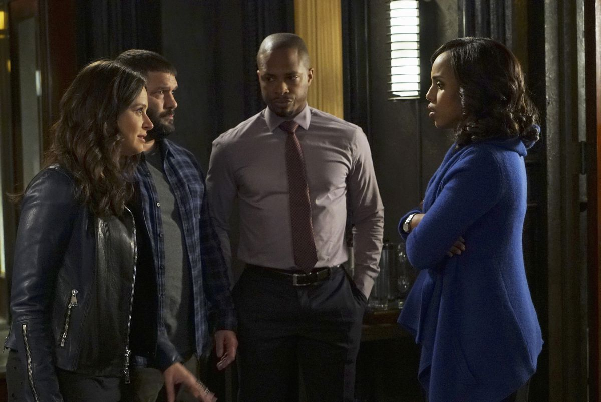 Katie Lowes as Quinn Perkins, Guillermo Díaz as Huck, Cornelius Smith Jr. as Marcus Walker, and Kerry Washington as Olivia Pope on Scandal.