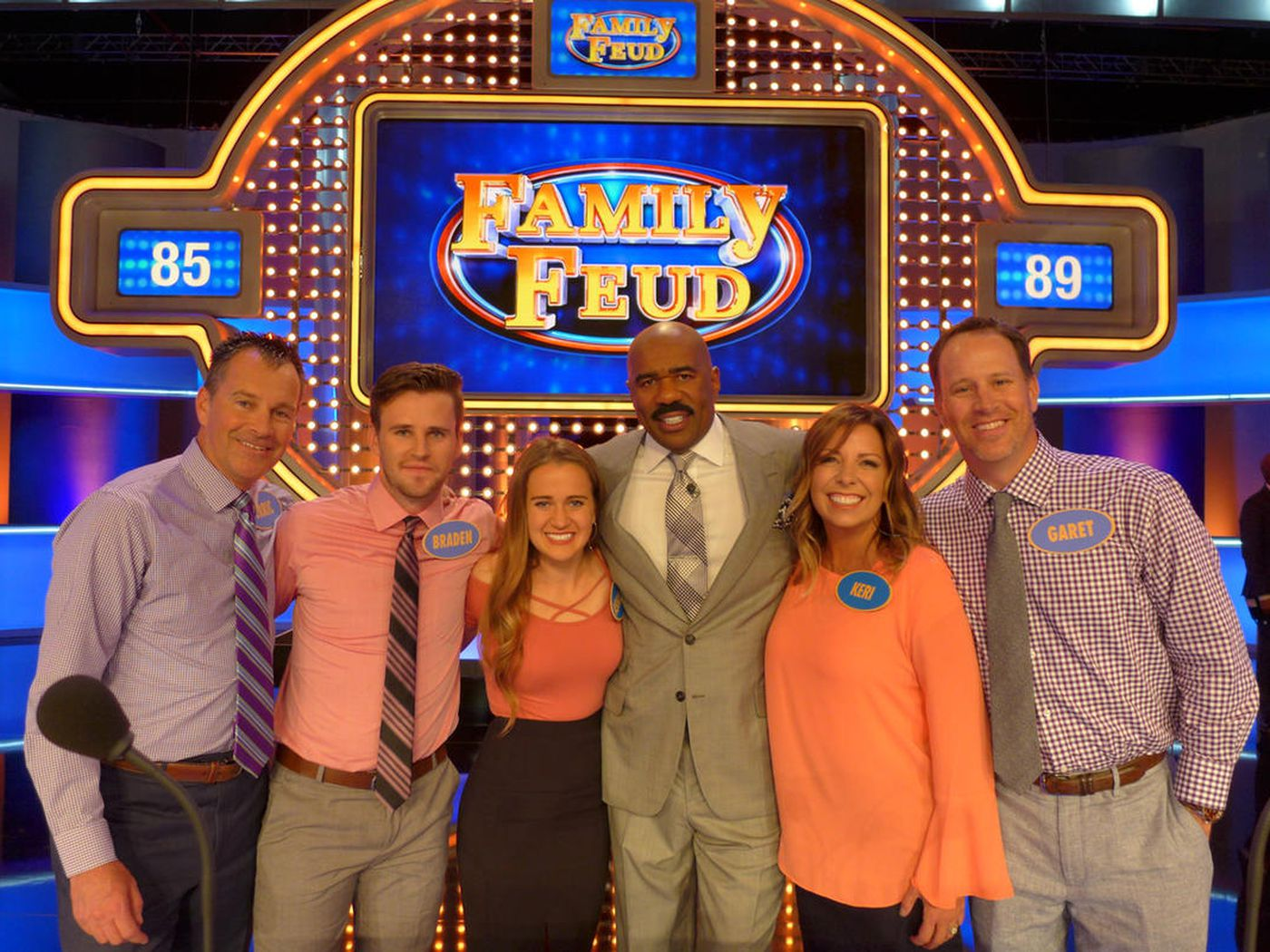 Watch Steve Harvey flash the U this week on 'Family Feud