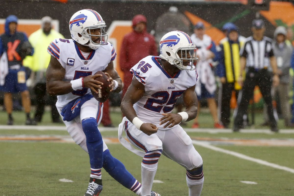 8b9a29800ae Buffalo Bills quarterback Tyrod Taylor  total production from passing and  running