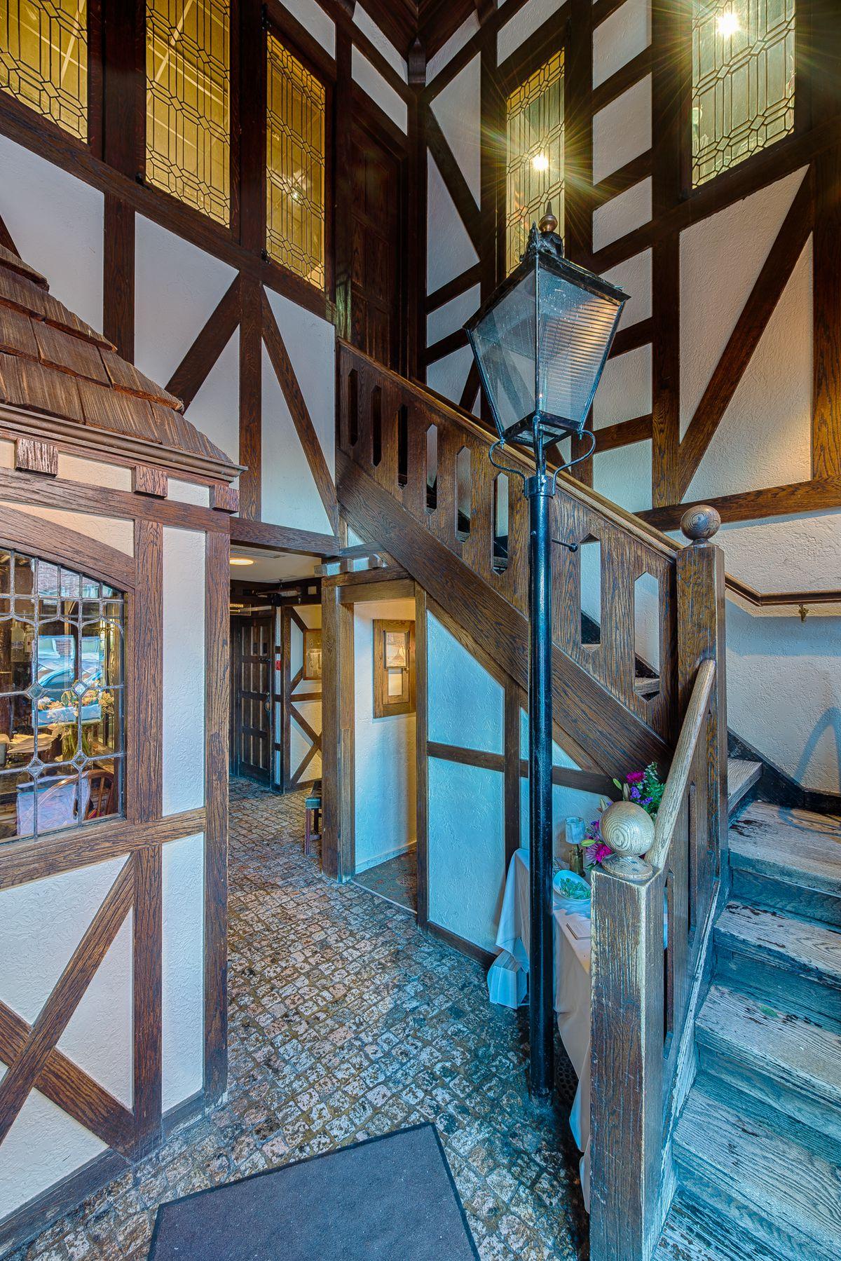 1789 Foyer