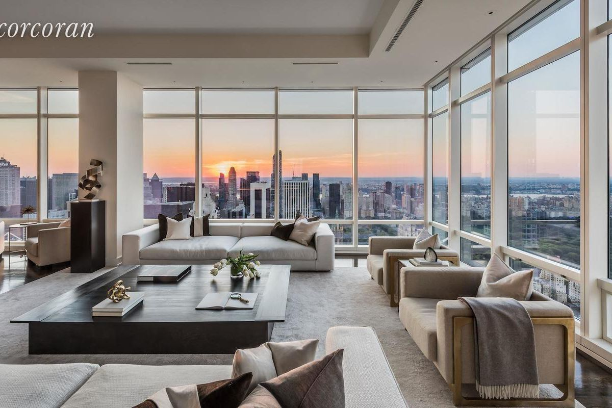 Glass enclosed midtown penthouse with dazzling central for New york city penthouses central park