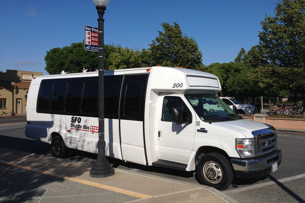 Tech shuttles are SF's biggest rental amenity, says apartment