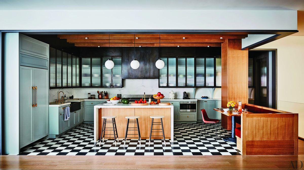 10a832eb9e3dc Peek Inside Naomi Watts and Liev Schreiber's Funky Tribeca Loft ...