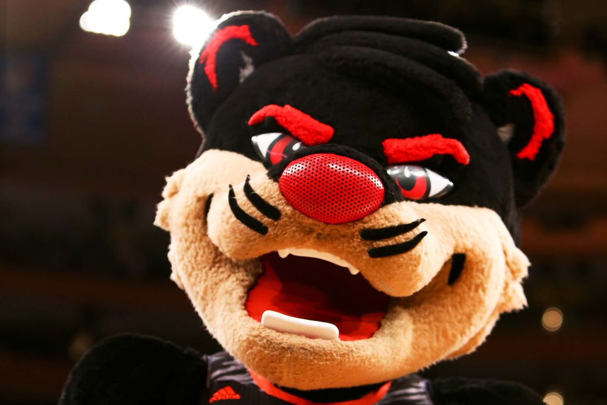 It's the Denny Crum Pod because of Reece Gaines, but there's a whole lotta Bearcats here.