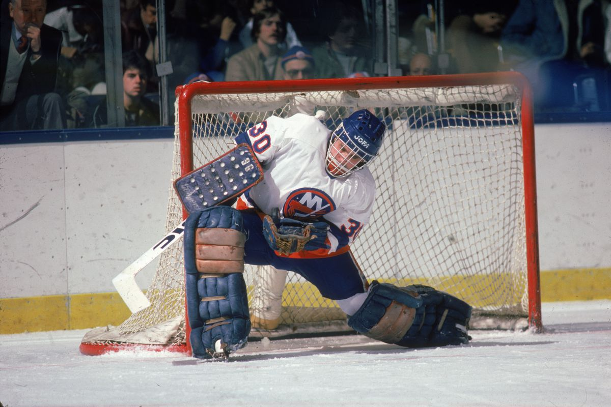 Kelly Hrudey Catches The Puck