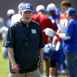 Tom Coughlin leads practice