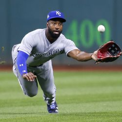 Brian Goodwin makes a diving catch on a hit from Brandon Guyer.