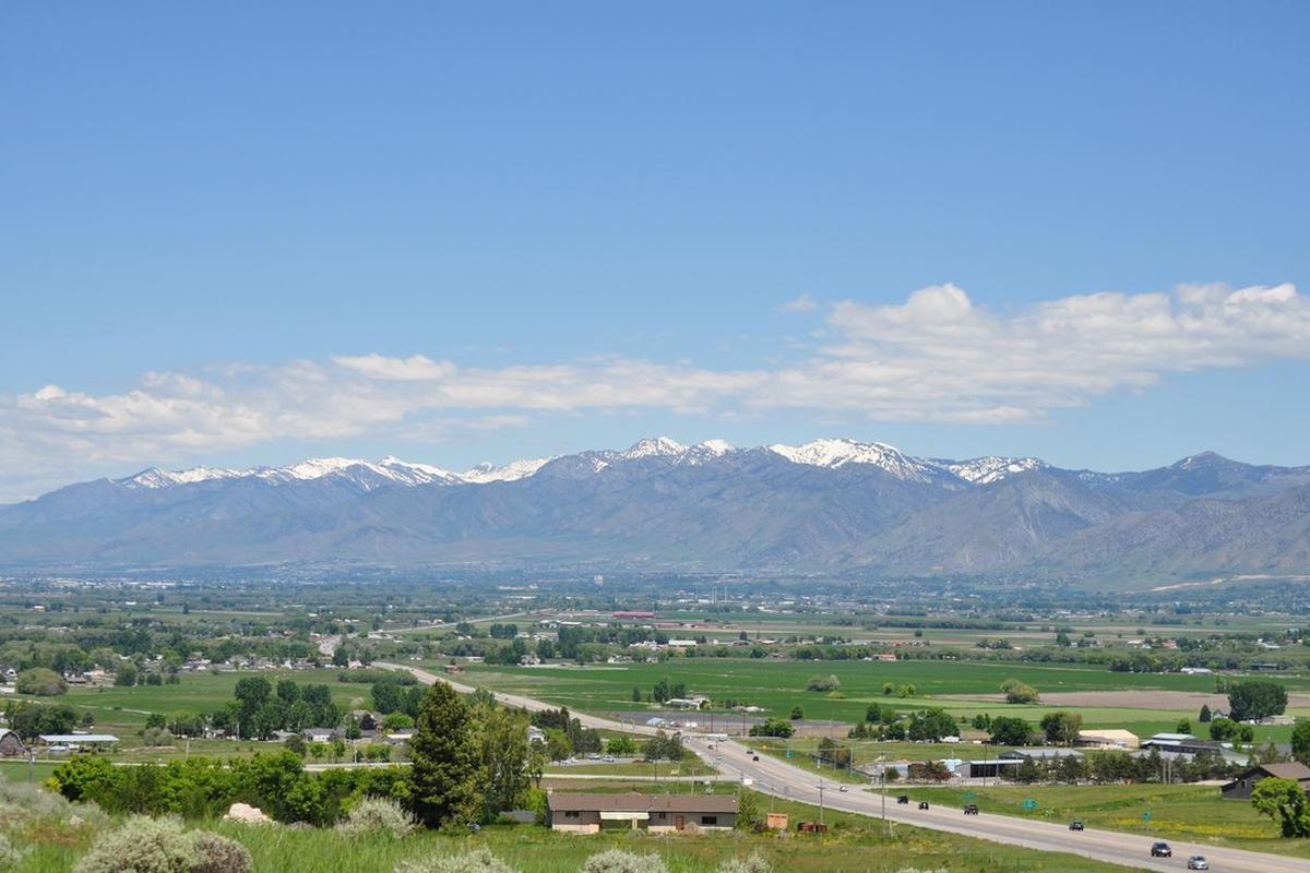 A view of Cache Valley as seen from the mouth of Sardine Canyon.