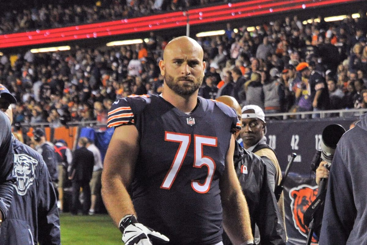 Chicago Bears place Kyle Long and Mitch Unrein on injured reserve