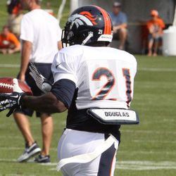 Broncos running back Ronnie Hillman makes a catch during drills.