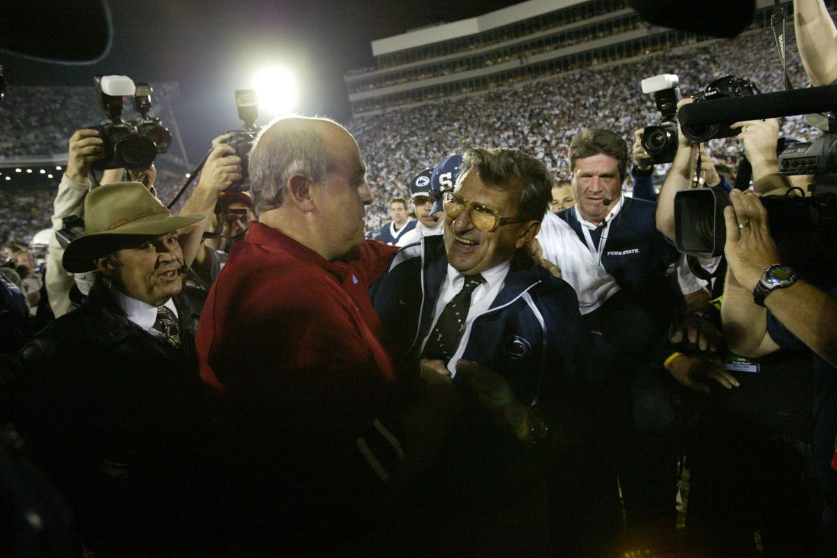 NCAA FB 11-5-05: Wisconsin Badgers at Penn State Nittany Lions