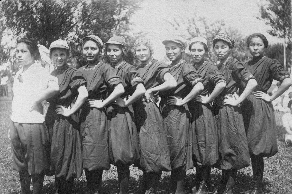 Womens Baseball Team Sac and Fox Reservation