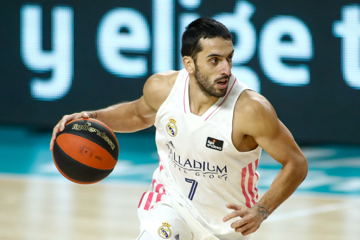 Real Madrid Baloncesto V Baxi Manresa - Liga ACB