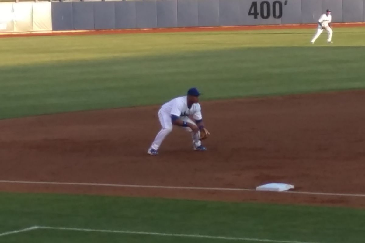 Hector Olivera will reportedly rehab his hamstring at Camelback Ranch in Arizona.