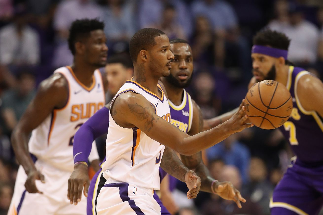 Anonymous NBA executives say Lakers trade for Trevor Ariza 'going to happen'