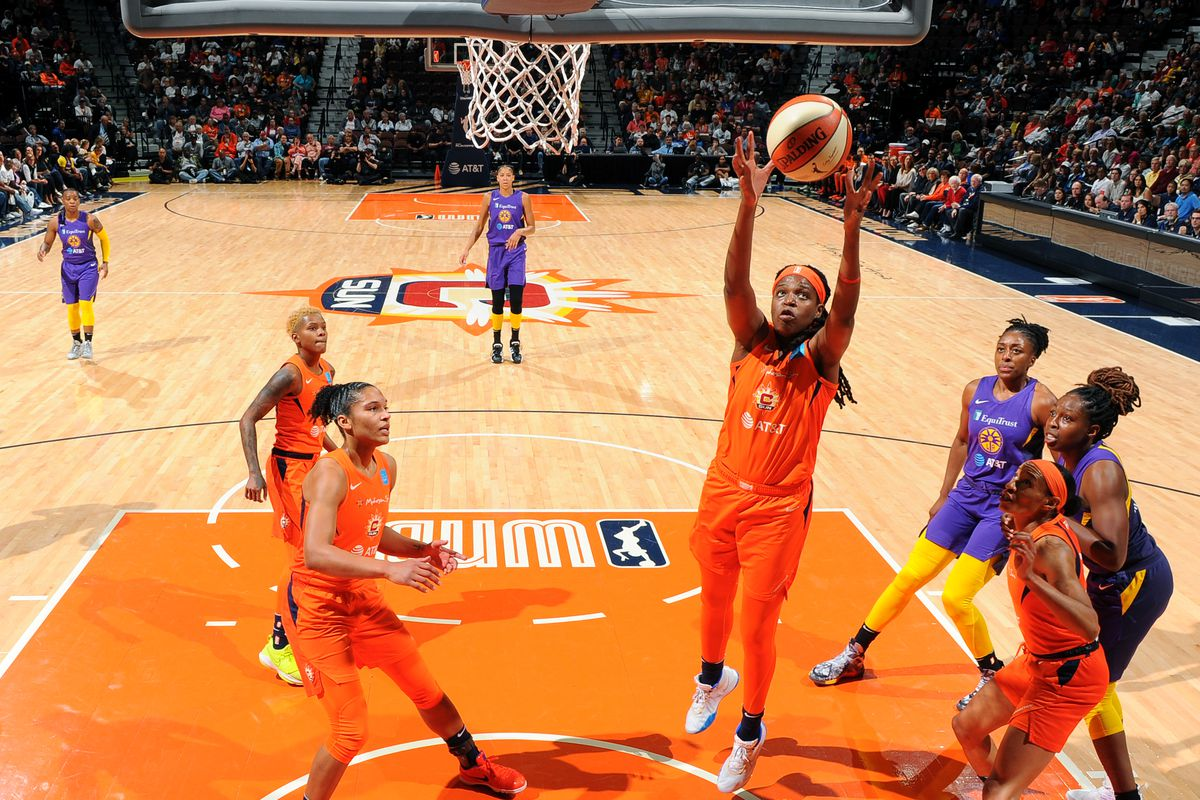 WNBA Playoffs: Sun dominate Sparks 94-68 for 2-0 semifinals series lead