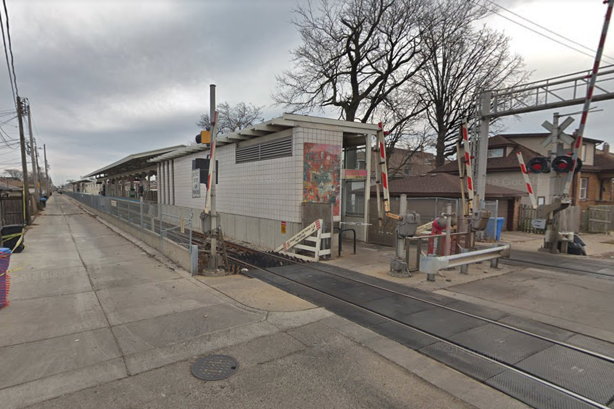 Robberies reported on CTA platforms and trains