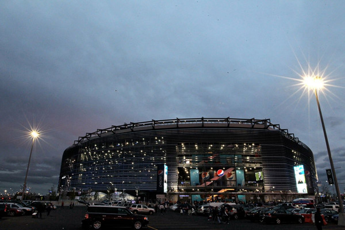 EAST RUTHERFORD NJ - OCTOBER 03:  New Meadowlands Stadium is seen before a game between the Chicago Bears and the New York Giants on October 3 2010 in East Rutherford New Jersey.  (Photo by Chris McGrath/Getty Images)