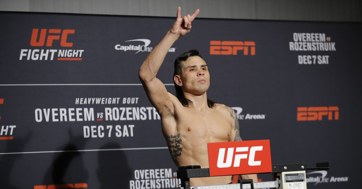 Ricky Simon out of fight with Brian Kelleher at UFC's Sept. 5 event after cornerman tests positive for COVID-19