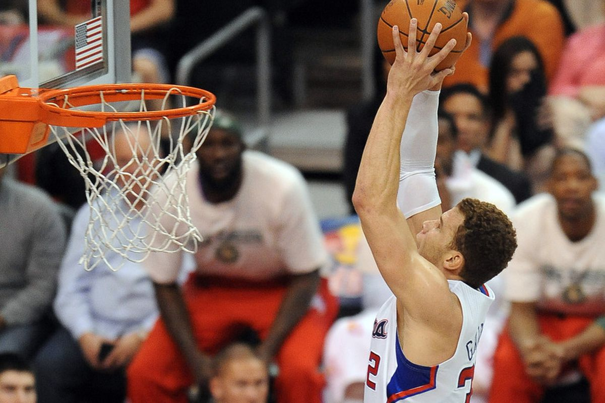 April 7, 2012; Los Angeles, CA, USA;    Los Angeles Clippers power forward Blake Griffin (32) dunks against the Sacramento Kings  in the first half of the game at the Staples Center. Mandatory Credit: Jayne Kamin-Oncea-US PRESSWIRE