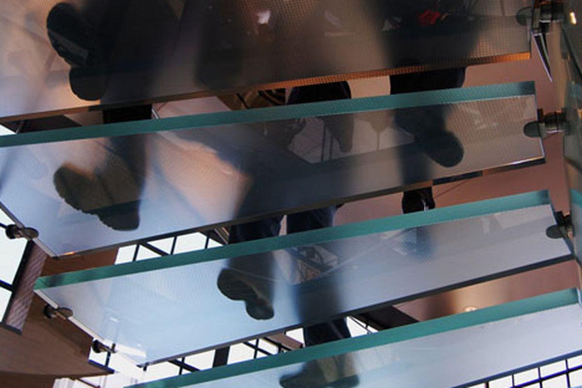 "MePa Apple store stairs via <a href=""http://www.flickr.com/photos/timschreier/4487799369/in/pool-312691@N20"">Tim Schreier</a>/Racked Flickr Pool"