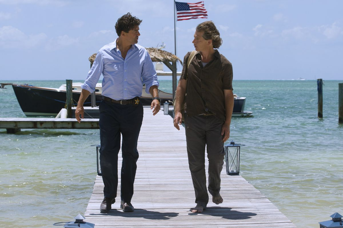 Kyle Chandler and Ben Mendelsohn play estranged brothers in Netflix's new dark family drama, Bloodline.