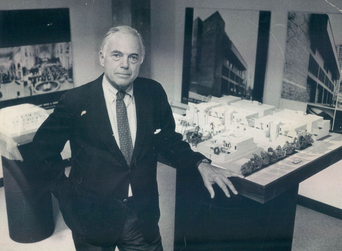Architect Harry Weese.