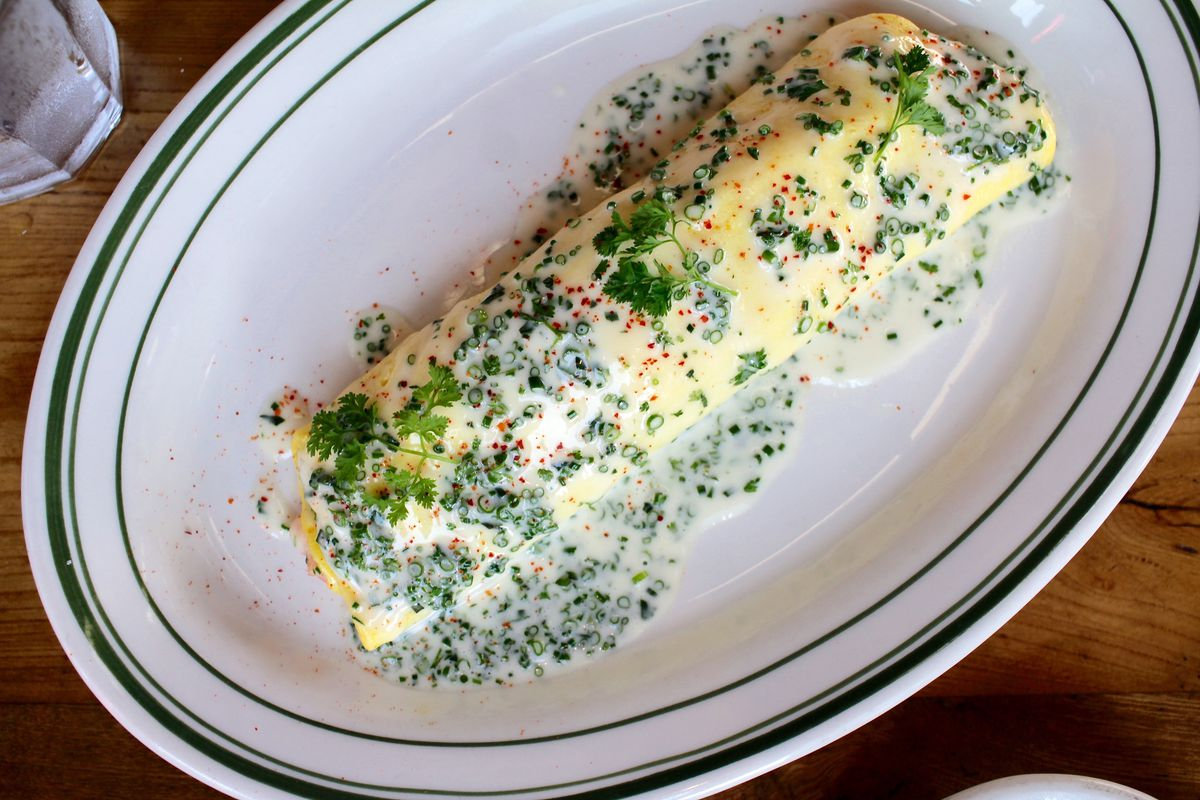 Connie & Ted's crab and lobster omelette