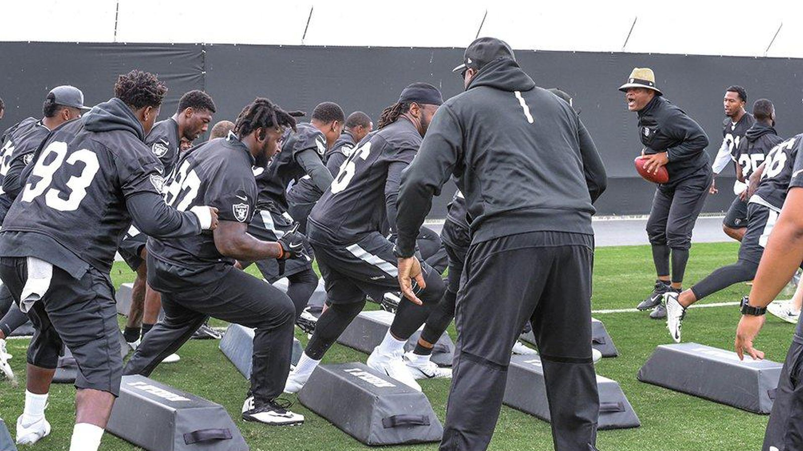 More Shots Of Mario Edwards At Raiders Workouts But No