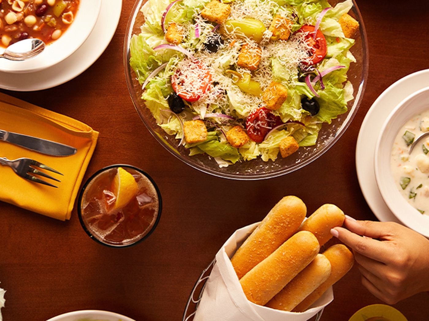 A Multi Million Dollar Olive Garden Is Headed To The Strip With Never Ending Pasta Bowls And Unlimited Breadsticks Eater Vegas