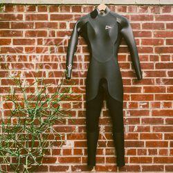 Rash Steamer K9 Women's 3.5mm wetsuit, $750