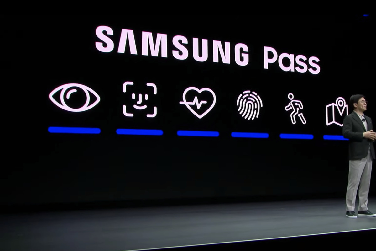 Samsung Copied Apple S Face Id Logo In Its Ces Keynote The Verge