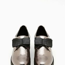 "<a href=""http://www.nastygal.com/product/blitz-oxford-gunmetal/_/searchString/shoe%20cult"">Blitz Oxford</a>, $78.00"