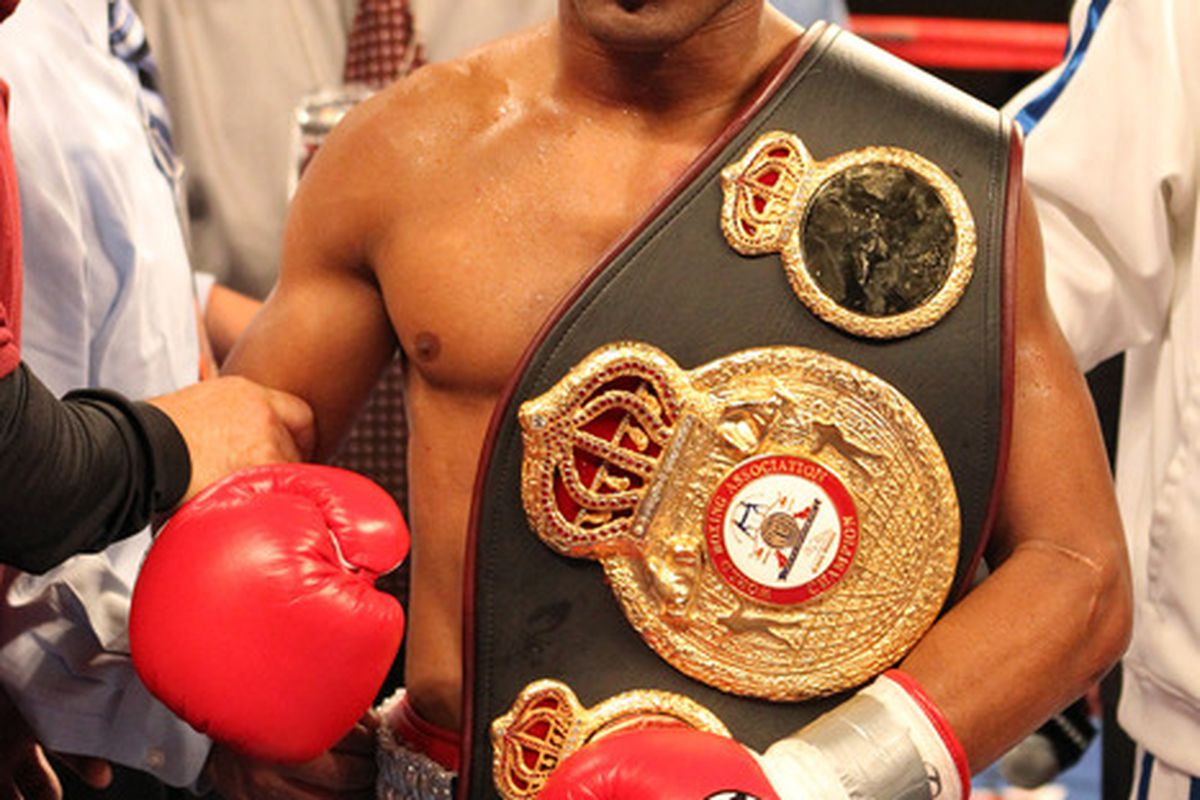 Yuriorkis Gamboa could be facing Nonito Donaire in 2012. (Photo by Hunter Martin/Getty Images)