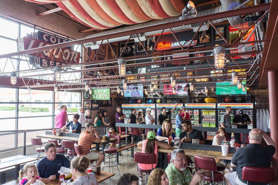 Burger Mecca Off Site Kitchen Makes Triumphant Return At