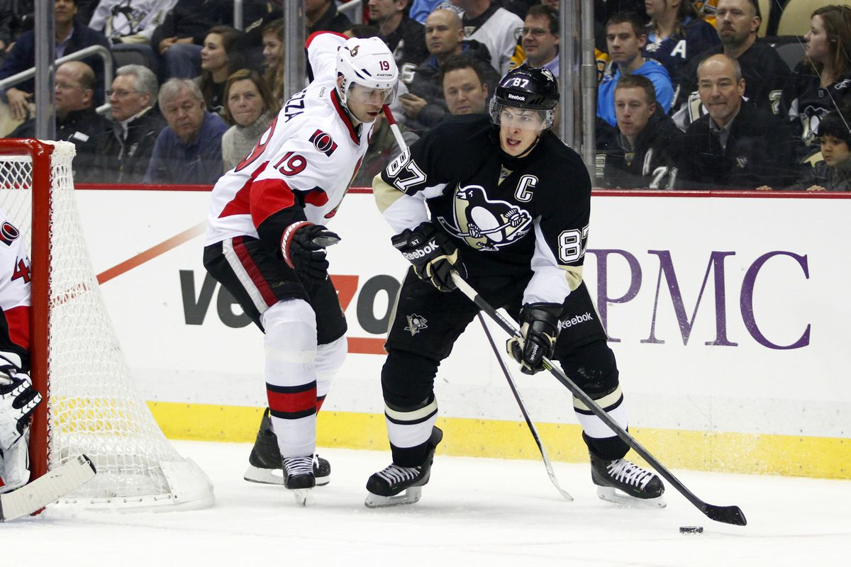 Crosby out-leaderships Spezza with ownership and compete level in this picture.