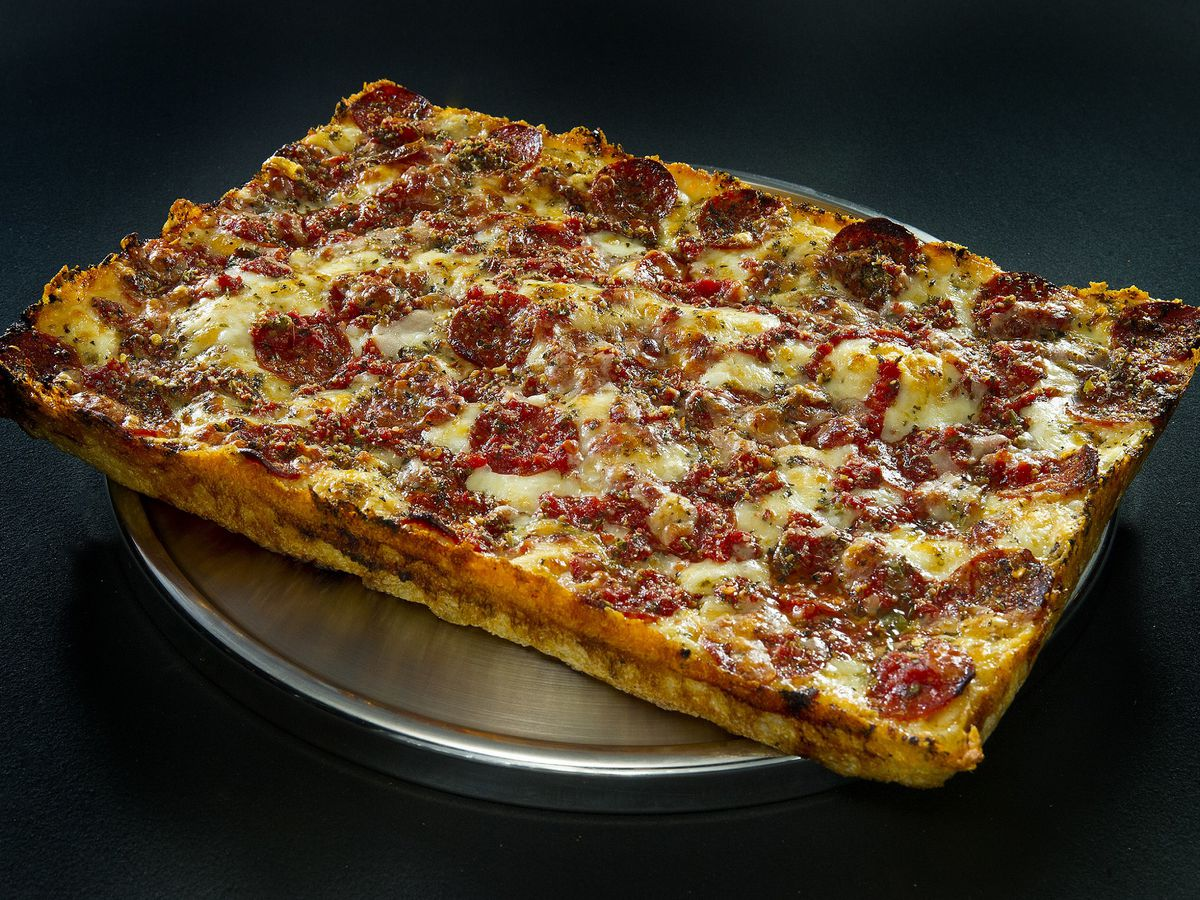 A large square pepperoni pie