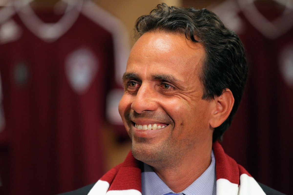 COMMERCE CITY, CO - JANUARY 05:  Oscar Pareja is introduced as the new head coach of the Colorado Rapids during a press conference at Dick's Sporting Goods Park on January 5, 2012 in Commerce City, Colorado.  (Photo by Doug Pensinger/Getty Images)