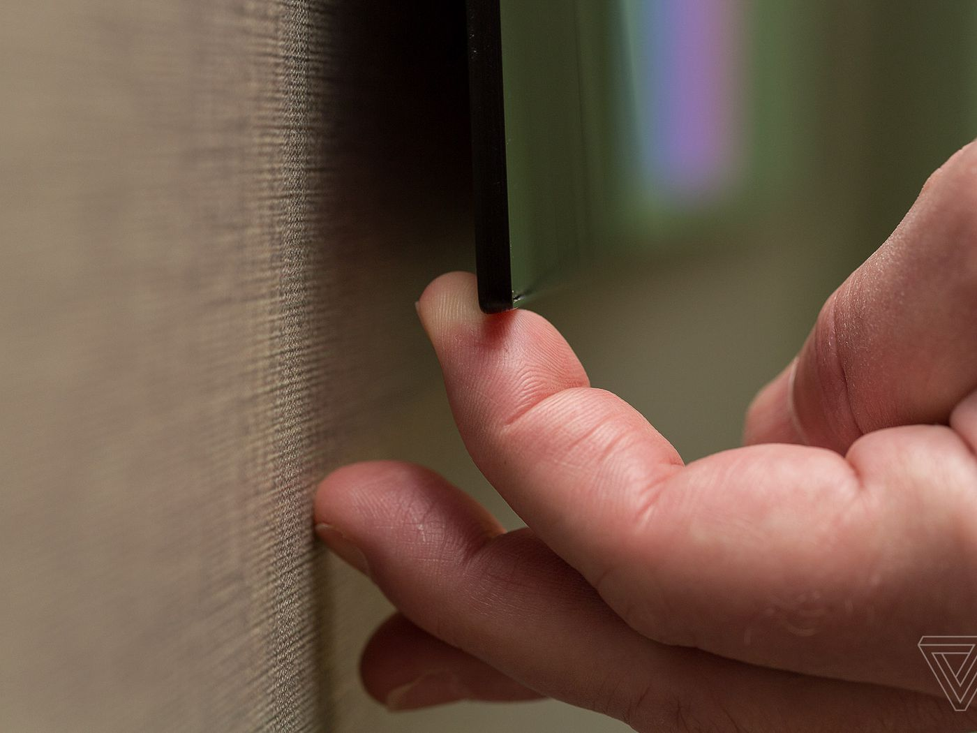 Lg S New Flagship 4k Oled Tv Is Stunningly Thin The Verge