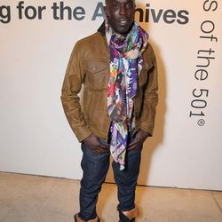 Omar from the Wire! [real name: Michael K. Williams].