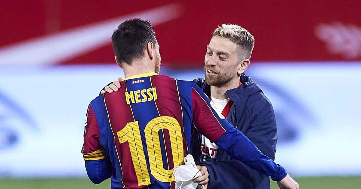 Papu Gomez warns Sevilla that Messi is 'capable of anything' - Barca Blaugranes