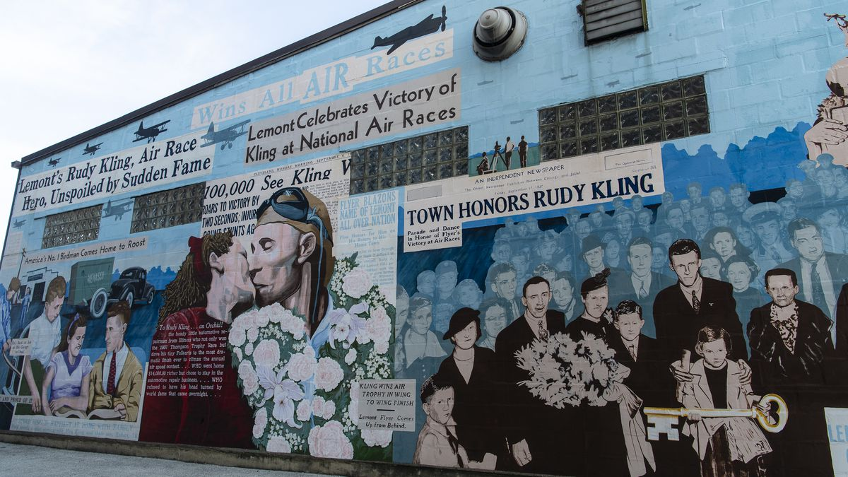 """""""The Pride of Lemont"""" mural shows 1930s airplane racer Rudy Kling, who was from the southwest suburb."""