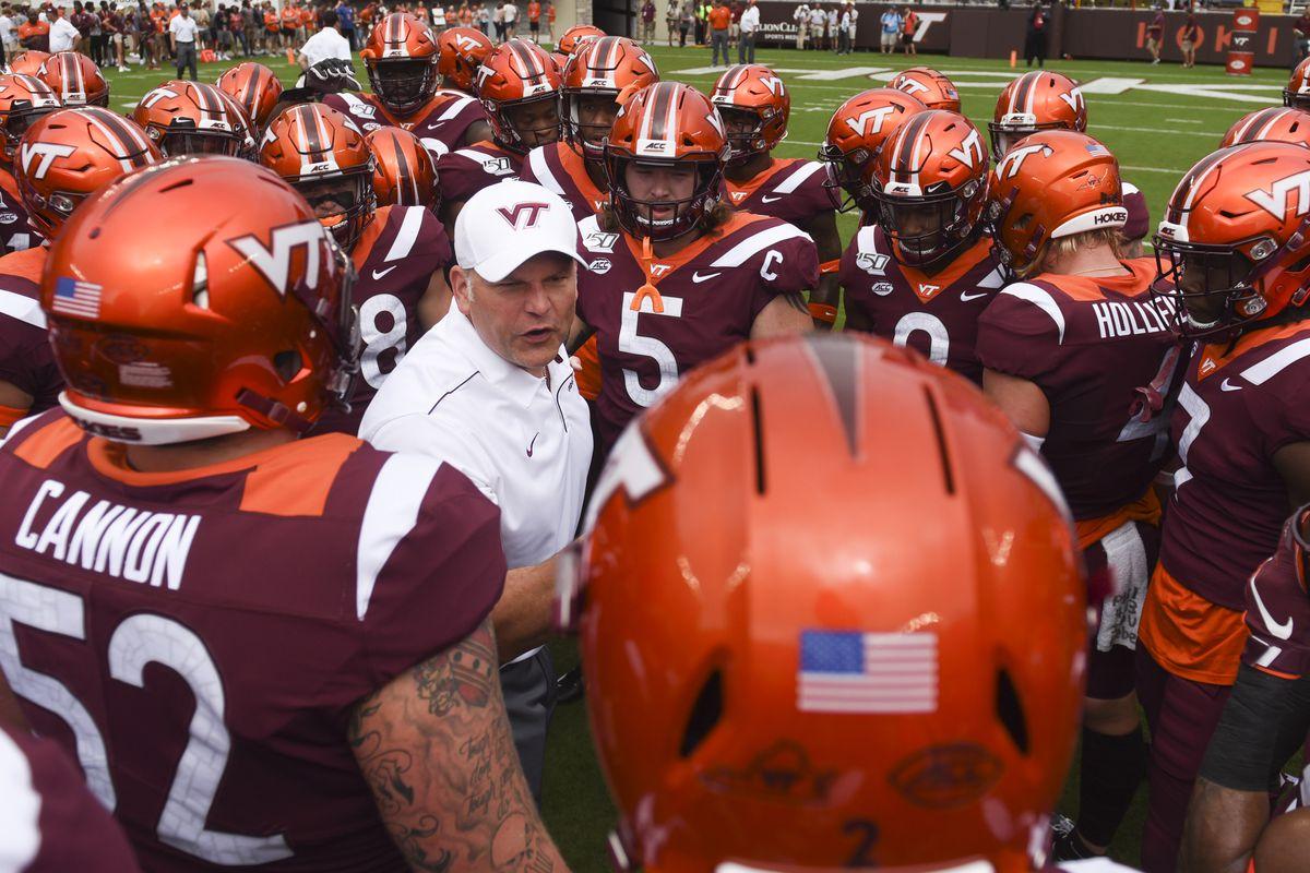 Virginia Tech Football Hokies Down 14 3 At The Half To Furman Gobbler Country