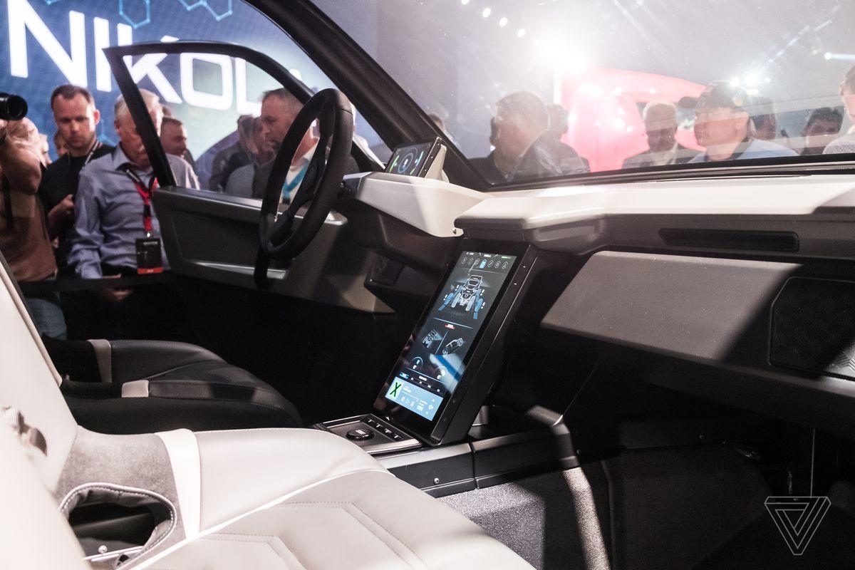 Nikola's off-road EV is a high-tech speed demon - The Verge 2