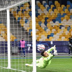 Heorhiy Bushchan can't keep out Braithwaite's penalty