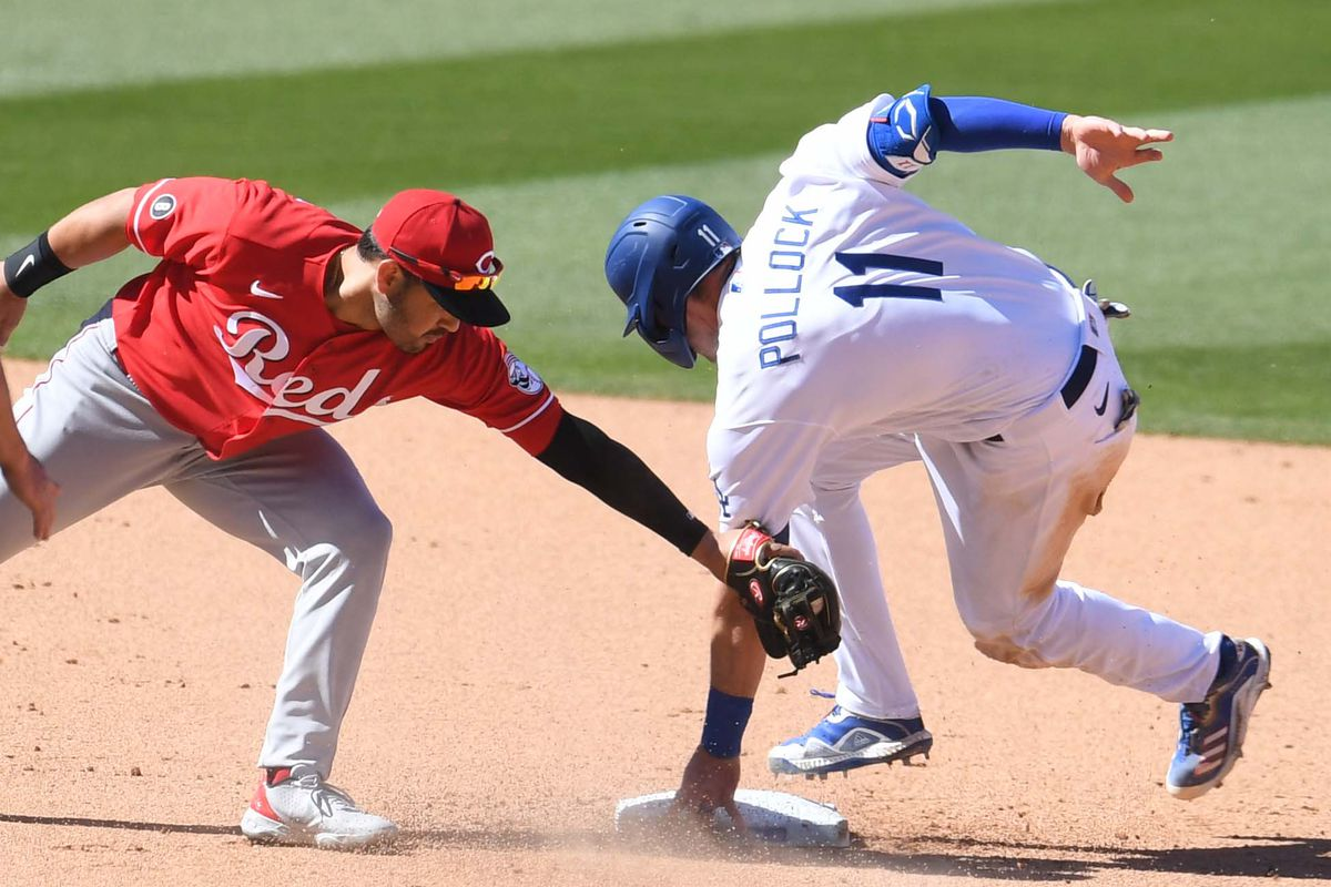 Los Angeles Dodgers defeat the Cincinnati Reds 8-0 during a baseball game.