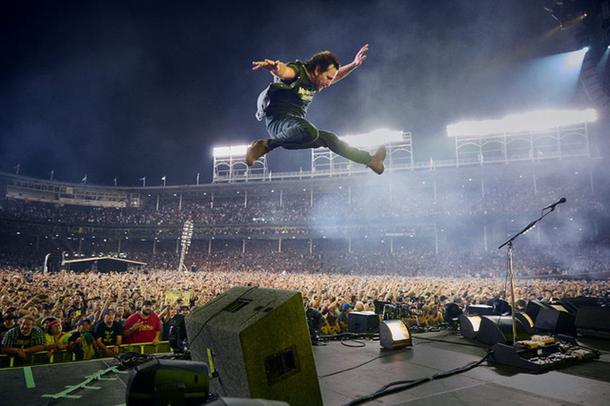 Pearl Jam returns to Wrigley Field this summer - Chicago Sun