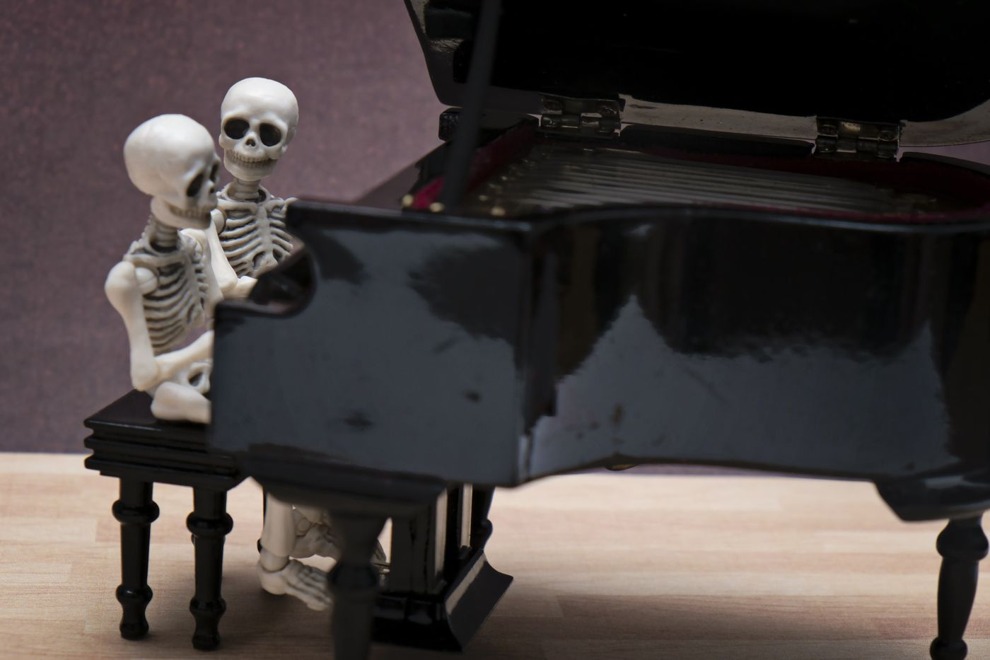 """14 creepy songs for your Halloween playlist — """"Monster Mash"""
