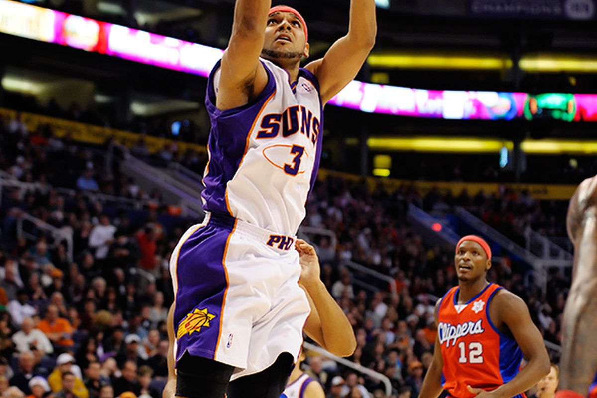Jared Dudley was a huge factor tonight in the Suns victory (Photo by Max Simbron)
